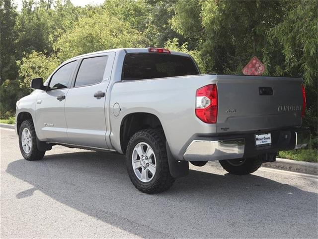 Pre-Owned 2014 Toyota Tundra CrewMax 5.7L V8 6-Spd AT SR5